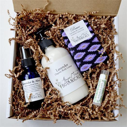 Lavender Organic Bath and Body Gift Set