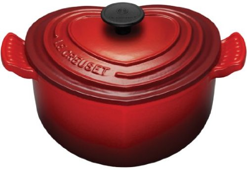 Le Creuset Enameled Cast-Iron 2-Quart Heart Casserole
