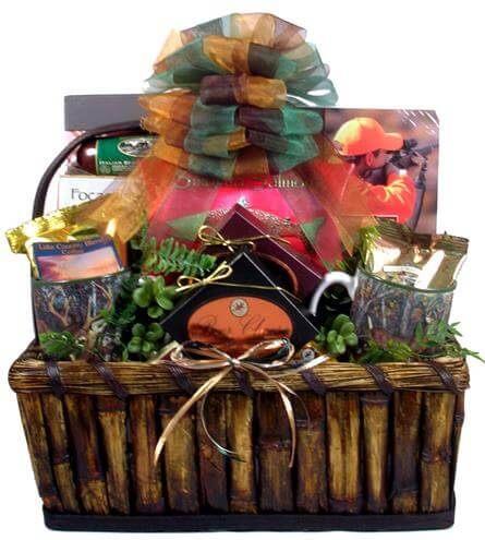 Gift Basket Village Deluxe Hunting for Hunters